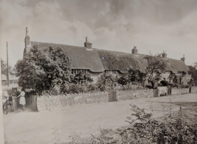 P/6303/1 - Thatched cottages at Courteenhall